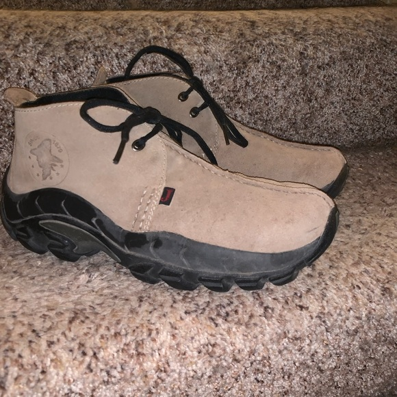 Justin Boots Casual Shoes